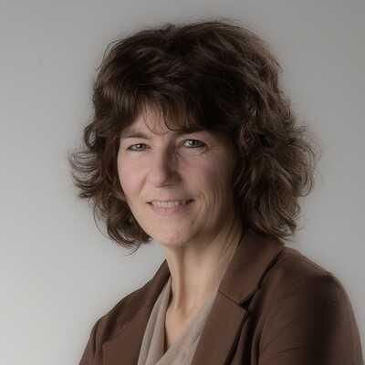 Martine Van Camp